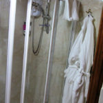 Dumfries Guest House En Suite Shower